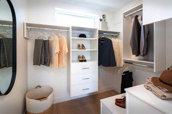 Kai-closet